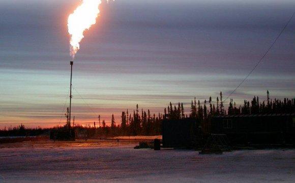 День работников нефтяной и