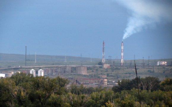 А левее Южно-Уральский завод
